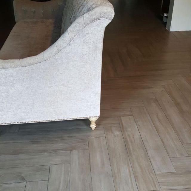 clearance_sales_top_quality_italian_wood_lookalike_tiles_from_gfa_global_1467884695_aa033ced.jpg