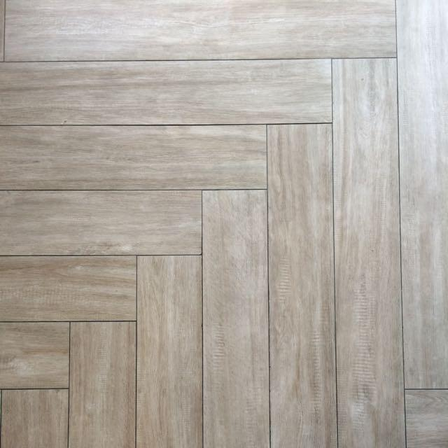 clearance_sales_top_quality_italian_wood_lookalike_tiles_from_gfa_global_1467885445_44aff5bd.jpg