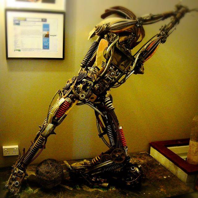 life_sized_art_piece_made_out_of_motorcycle__bicycle_parts_1453561585_19b0894f.jpg