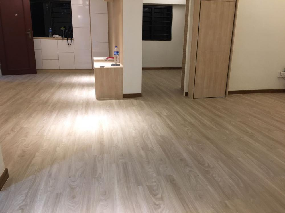Vinyl flooring 4 psf hdb new resale flats executive for Best flooring for resale value