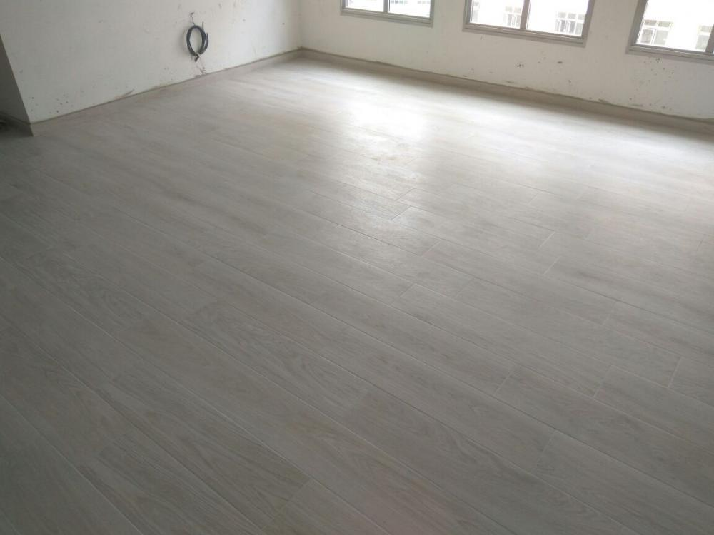 Blondes being addison strip flooring
