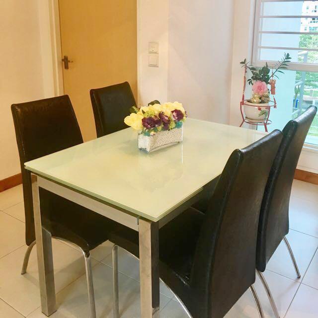 tempered_glass_dinner_table_extendable_1507628394_7f914860.jpg