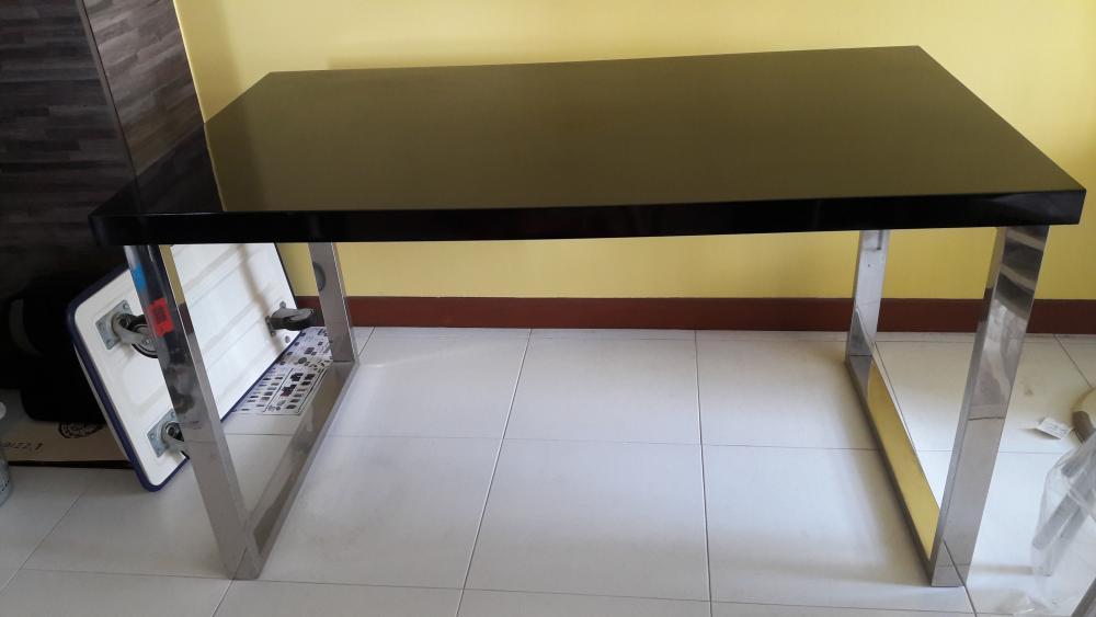 dining_table2.jpg