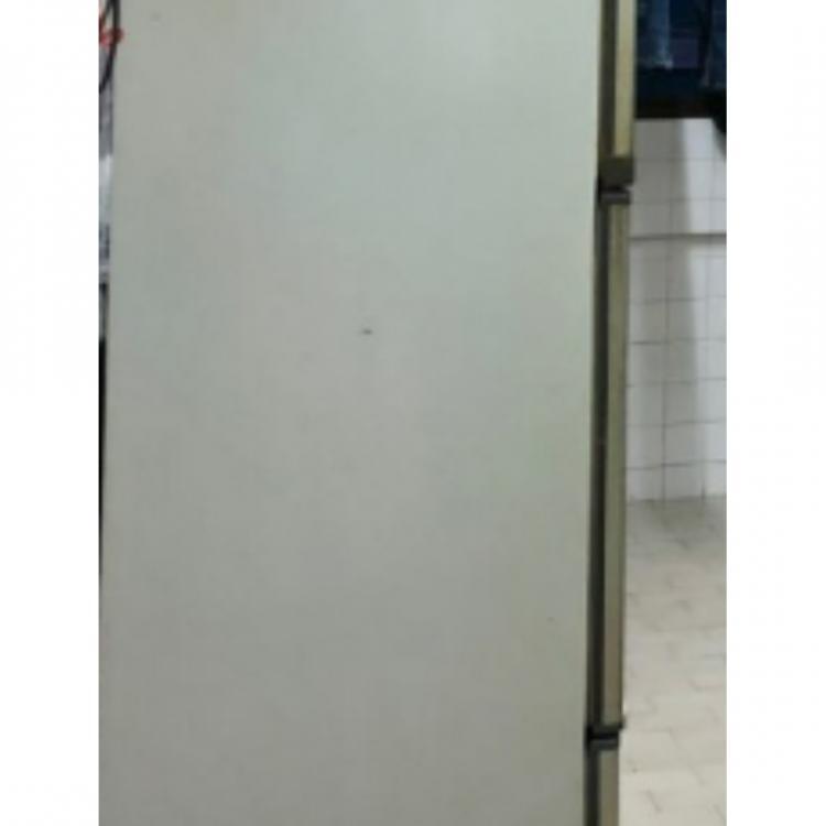 fridge_1532267827_8347ba930.jpeg