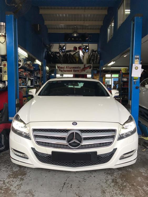 Auto+Transmission+Fluid+(ATF)+Car+Servicing.jpg