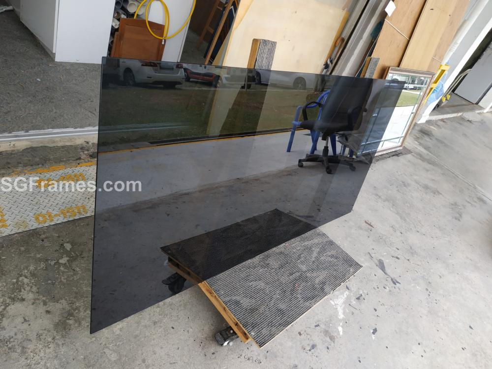 SGFrames.com Grey or Black Tinted Table Top Glass 6mm Thick 003.jpg
