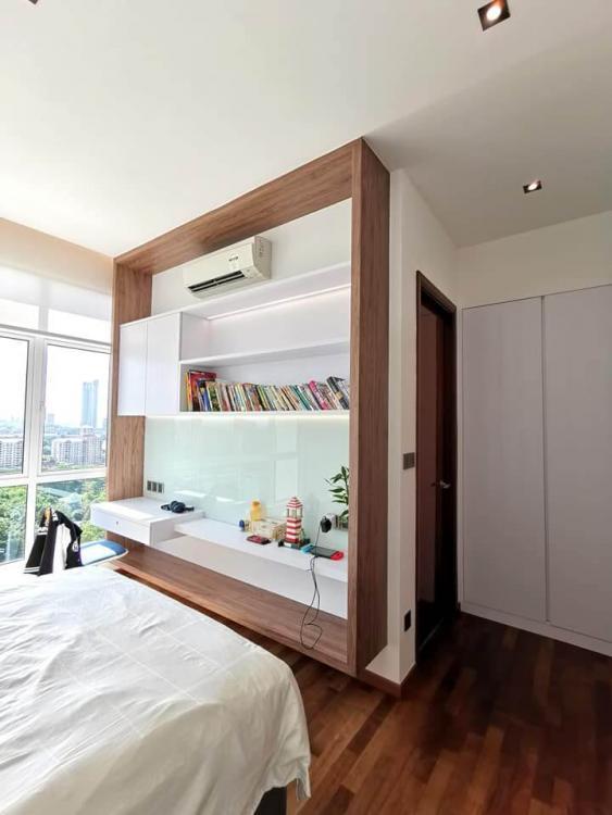 de-space-summerscape-luxury-condominium-bedroom-bookshelf-best-interior-design-johor-bahru.jpg.3f3bfad57fa05dac04c1b0a7a0a2504c.jpg