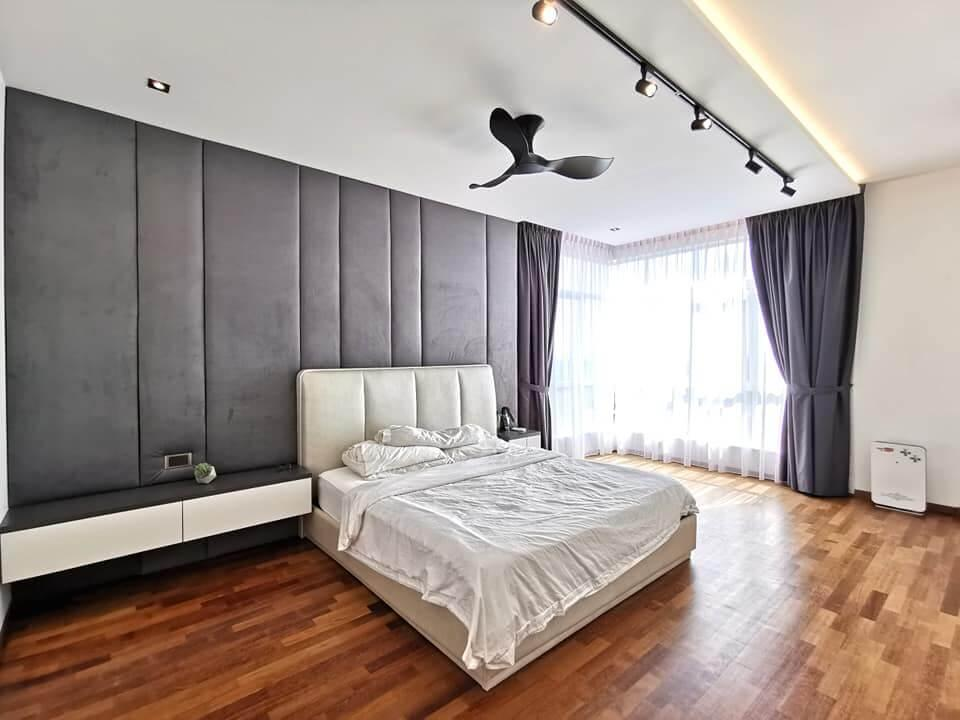 de-space-summerscape-luxury-condominium-master-bedroom-best-interior-design-johor-bahru.jpg.8094c5c7b28b9a0d4a72190462c31530.jpg