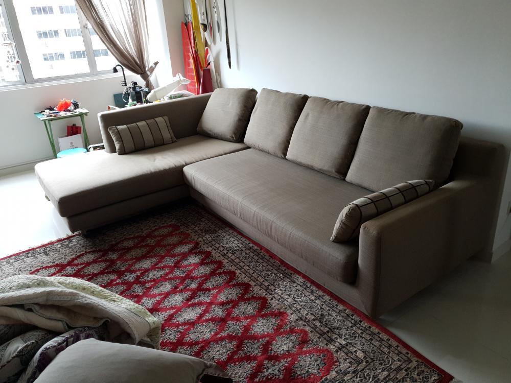 Sofa_2_of__5.jpg