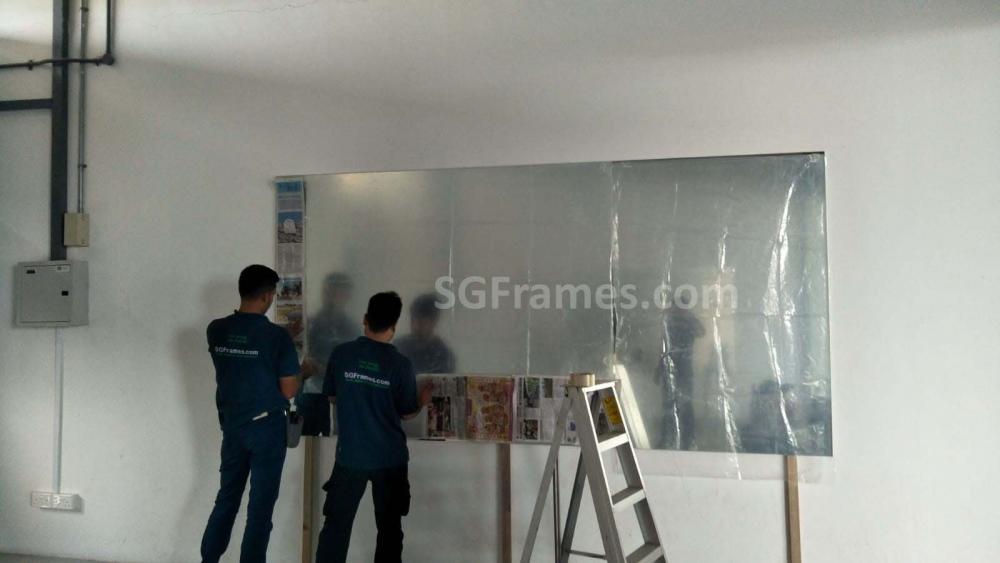 SGFrames.com Frameless Clear Wall Mirror 170520b.jpg