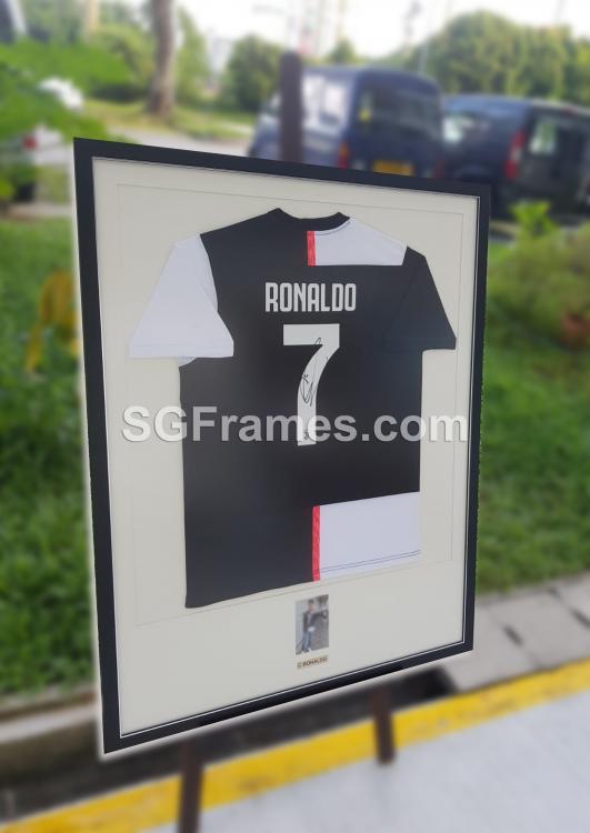 SGFrames.com Jersey Framing Autographed Sports Tshirt 150720d.jpg