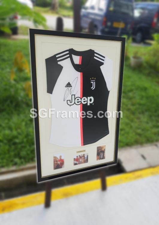 SGFrames.com Jersey Framing Autographed Sports Tshirt 150720e.jpg