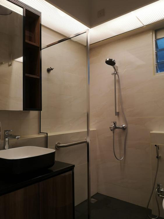 Common bathroom.jpeg